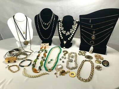 Large Lot of Vintage Costume Jewelry, Mixed items, 35+ pieces.