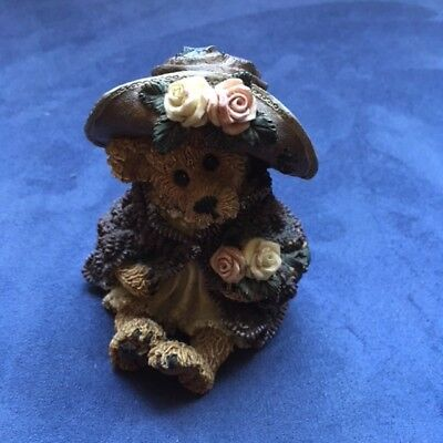 Boyds Bear - Stop and Smell the Roses