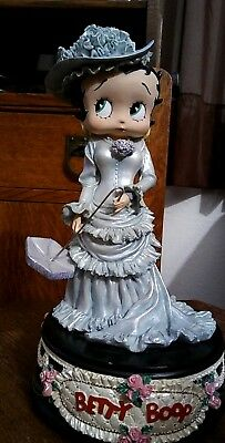 1998 BETTY BOOP KING FEATURES  VICTORIAN SERIES MUSIC BOX Blue Southern Belle
