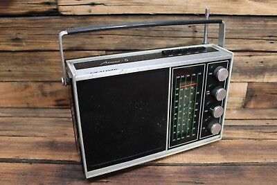 Vintage Realistic Astronaut - 5 Transistor Radio Solid State 5 Band