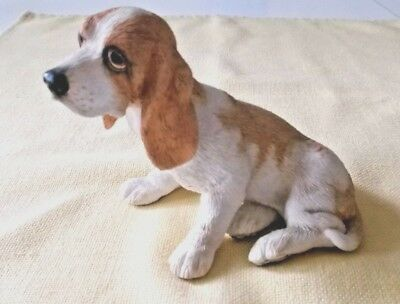 Bassett Hound Puppy #02782 HAND PAINTED Puppies by COUNTRY ARTISTS Retired