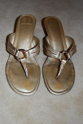 Lilly Pulitzer Gold Sandals size 10
