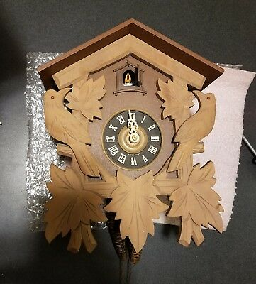 Regula Wood Cuckoo Clock Vintage E Schmeckenbecher Made in West Germany #47308