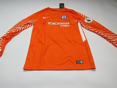 Chelsea 2017/18 Mens Nike Long Sleeve Goalkeeper Shirt 'COURTOIS 13' (Small)