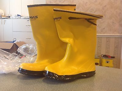 Servus by Honeywell  Pr of Men's Rubber Protective Overboot A380  Size 9 Yellow
