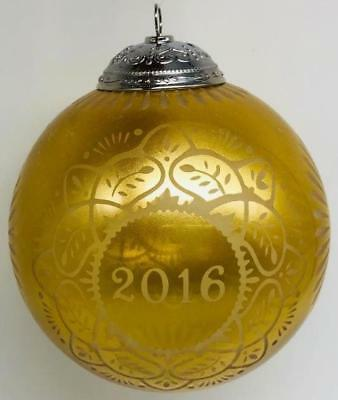 2016 Christmas Commemorative Hallmark Ball Ornament #4