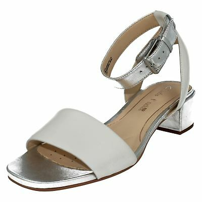 f5360a2a456 CLARKS SANDALS SHOES SUSIE DEVA White Leather and Metallic Silver ...