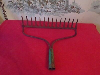 Vintage Primitive Old Garden Rake Head-Rustic 14 Tines-Crafts/holder/etc