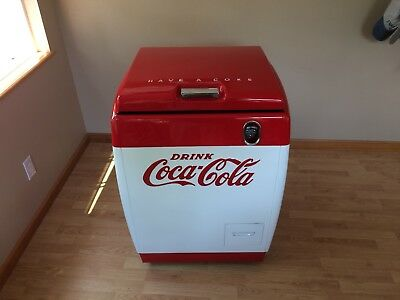 Westinghouse WD-5 Coke Cooler, Restored, Excellent Condition, New Refrigeration