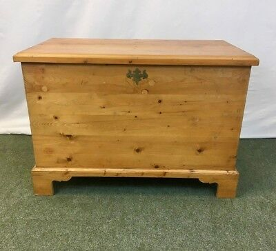 Large pine blanket box - trunk - coffee table #1987