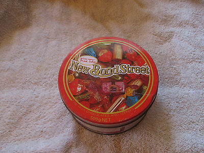 """RED  TULIP  LOLLY  TIN  1985      11  --     6  """"  x    2  1/4    """"  HIGH"""