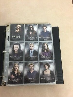 Lot Of 300 Twilight Saga Collector Cards New Moon, Eclipse In Protective Pages