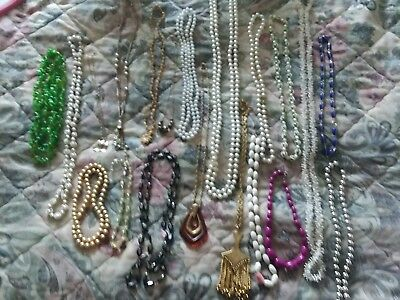 Vintage Necklaces Estate Collection 20 pc Lot Jewelry Charms retro Costume Beads