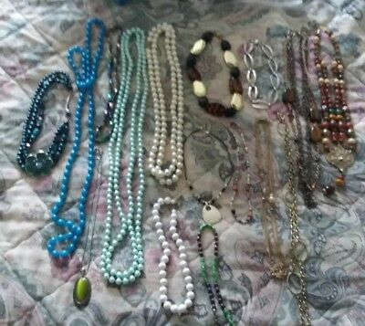 Vintage Necklaces Estate Collection 16 pc Lot Jewelry Charms retro Costume Beads