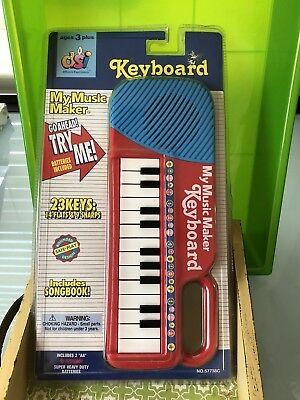 """DSI Toys """"My Music Maker"""" Keyboard and Songbook ❤️ NIP"""