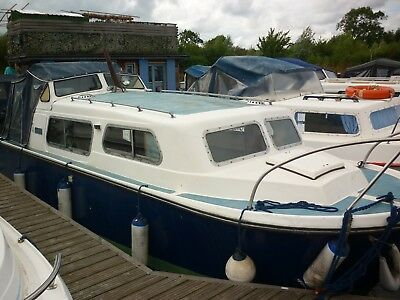 "For Sale ""Sea Horse"" - 1973 Norman 23ft GRP River Cruiser"