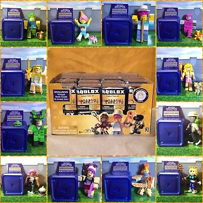 Roblox Celebrity Gold Series 1 2 3 4 EXCLUSIVE Mystery Toys Figures+Unused Codes