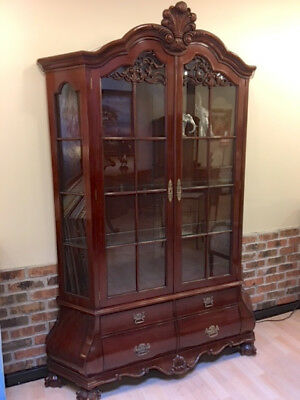 Bombe China display Cabinet traditional mahogany with LED lights