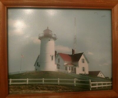 Nice Vintage 1994 Color 8 by 10 Photo of a Cape Cod light House...very nice