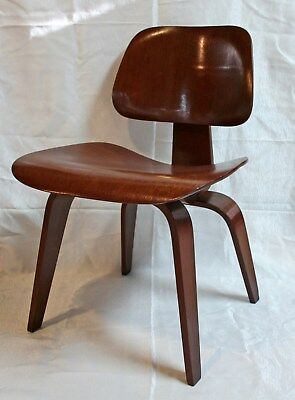 Early Charles Eames Chair DCW Evans Products Molded Plywood Herman Miller  1940u0027s