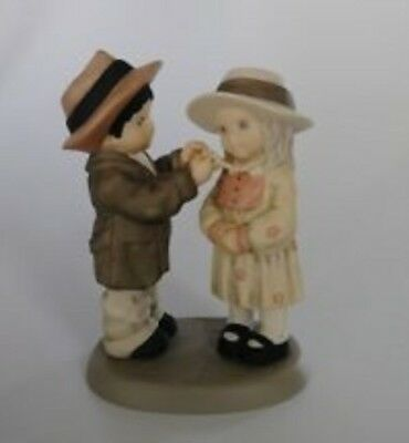 """Kim Anderson's Pretty As A Picture By Enesco """"Love Is Kind"""" 629693"""