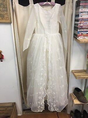 Vintage 1940's/1950's Wedding Dress And Veil Approximately Size 8