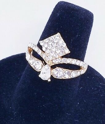 Gold Tone Diamond Shaped Rhinestone Ring sz 6.5 Beautiful Setting