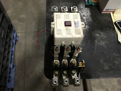 Fuji Electric magnetic Contactor  SC-7N (150), 37-90kw, 100-127v coil,