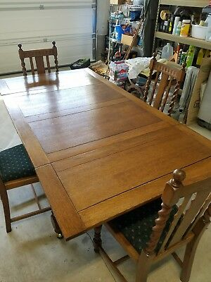 Gorgeous Antique Oak Barley Twist Dining Set