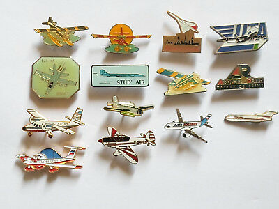 lot pin's AVIONS - avec attaches -