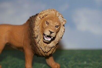 """Lion Male """"King of the Jungle"""" by Schleich 2014"""