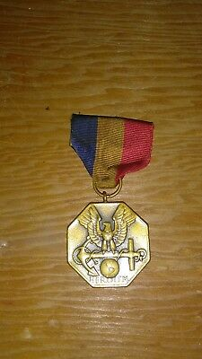 Vintage Navy And Marine Corps Medal