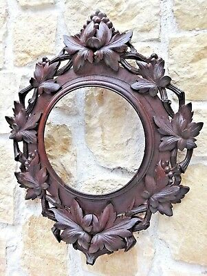 RARE LARGE ANTIQUE Hand CARVED BLACK FOREST FRAME GRAPES and GRAPE LEAF 19th