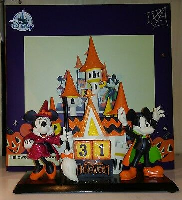 2018 Disney Parks Halloween Vampire Mickey and Witch Minnie Countdown Clock New