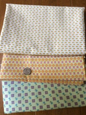 """3 Pieces Of Very Cute Vintage Fabric 35"""" Wide.  Total Of 3 3/4 Yards"""