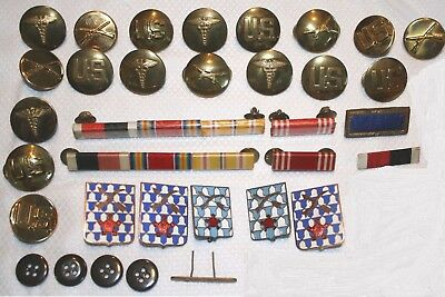 WWII military items, buttons, bars, pins LOT