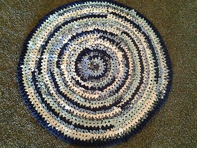 Vtg HAND MADE OLD FASHION CROCHETED RAG RUG ROUND BLUE NAVY GREEN approx. 31""