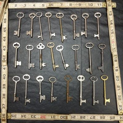 Lot Of 24 Vintage Antique Skelton Keys Mortise Door Lock Keys Corbin Sargent +