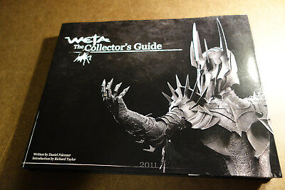 WETA The Collector's Guide 2011 Great condition Beautiful pics Hardcover LOTR