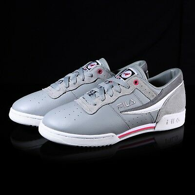 3843a7e927d7 New FILA Staple Original Fitness Logo Shoes Athletic Running Men Gray  Sneakers