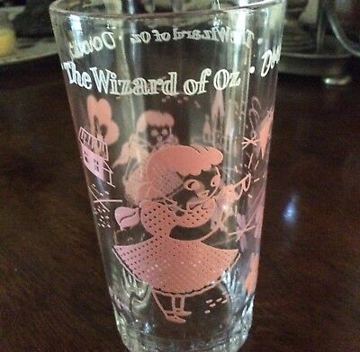 Vintage The Wizard of Oz Dorothy Glass - excellent condition