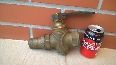 Antique Vintage Faucet, Brass Water Reducer with Key 2In nozzle garden tools