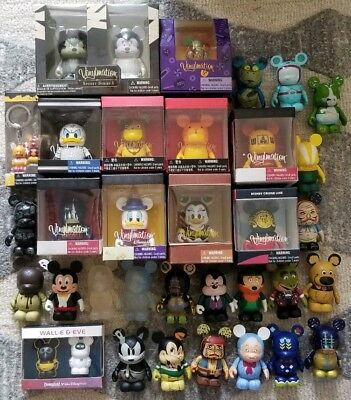 """Lot Of 30+ Vinylmation 3"""", Keychains, pins"""