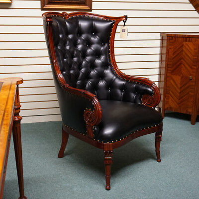 Beautiful pair of Traditional Fireside Arm Chairs in Mahogany