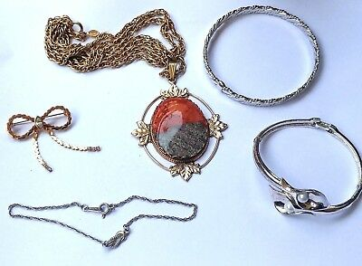 All Signed Vintage Lot of 5 pieces Perfect AVON Jewelry Bracelets Brooch etc.