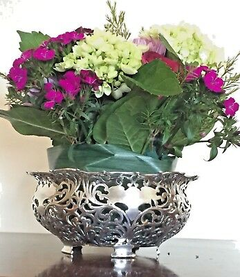 Forbes Silver Co Center piece Bowl Pierced Footed Quadruple Silver Plate 106