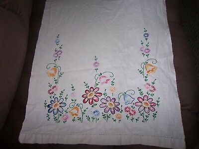 Vintage Linen Hand Embroidered Table Runner-Floral: Beautiful!