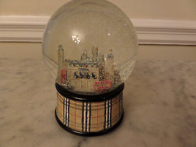 Musical Snow Globe London Burberry Scenes and trim