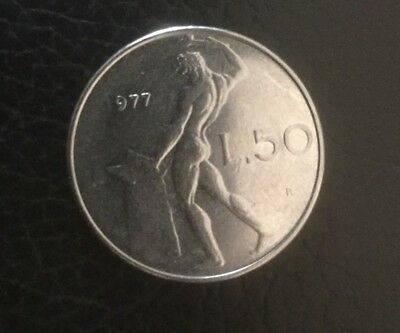 1977 Italy 50 Lire Coin  Error Coin 1 Missing In Date  Free Au. Post