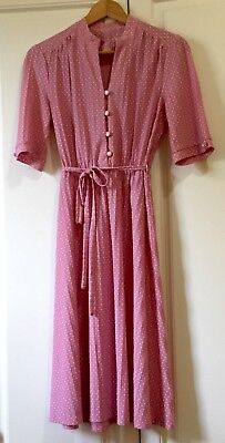 Women's vintage A-line pink and white polka dot button-front daydress Size 12